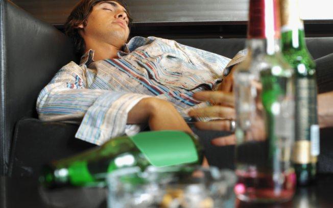 Uso precoce de álcool estimula dependência, aponta pesquisa