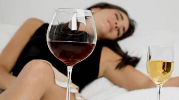 Consumo de álcool antes da primeira gravidez pode aumentar o risco de câncer de mama