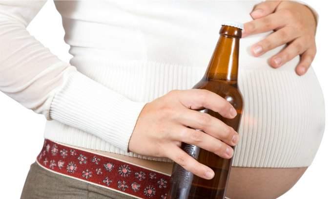 Qual a responsabilidade da grávida ao ingerir álcool?
