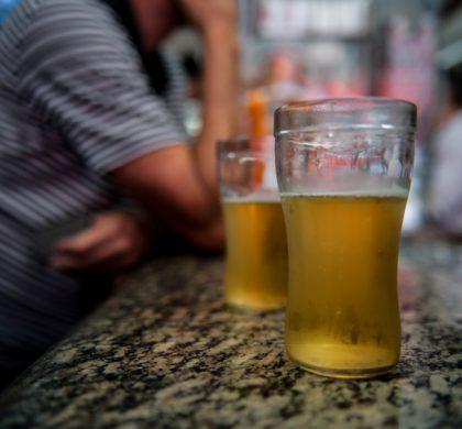 Mais que jogo da Baleia Azul, álcool provoca suicídio entre jovens