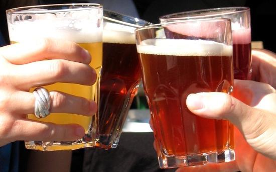 Um em cada quatro brasileiros abusa do álcool